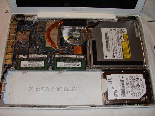 MacBook с новым Superdrive